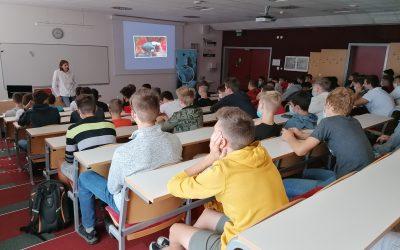 Predavanje o izzivih podjetništva za dijake 2. letnika programa strojni tehnik