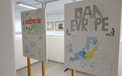 Razstava ob dnevu Evrope na Srednji šoli za lesarstvo